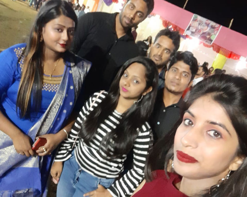 Selfie with friends at GIETU Campus